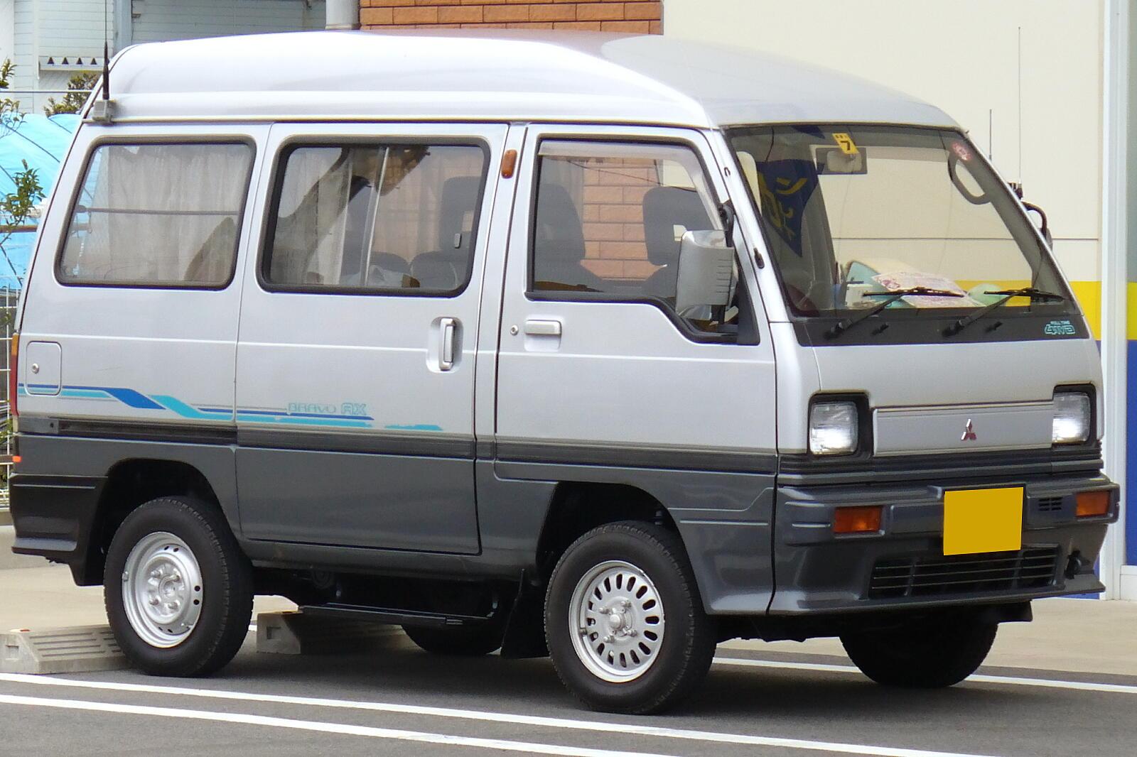 Mitsubishi Bravo 1989, Мицубиси Браво 1989