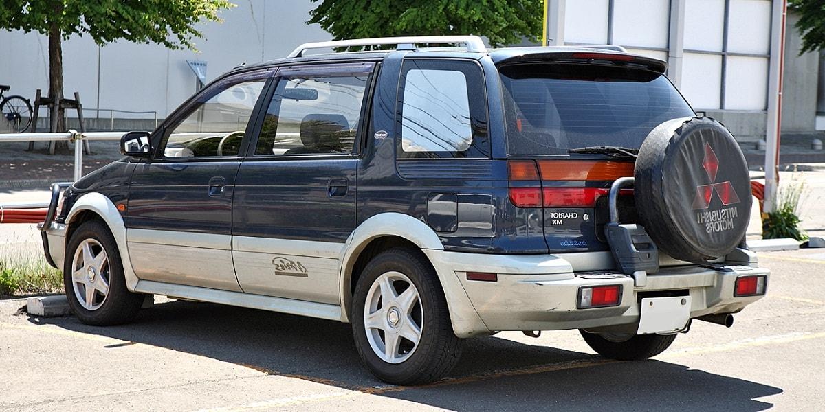 Mitsubishi Chariot, Мицубиси Шариот