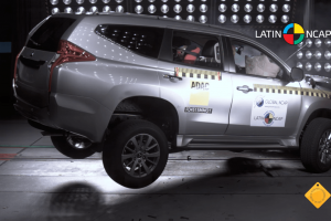 crash-test Mitsubishu Pajero Sport 2016, краш-тест Мицубиси Паджеро Спорт 2016