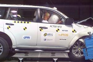 Краш-тест Mitsubishi Pajero, краш-тест Мицубиси Паджеро