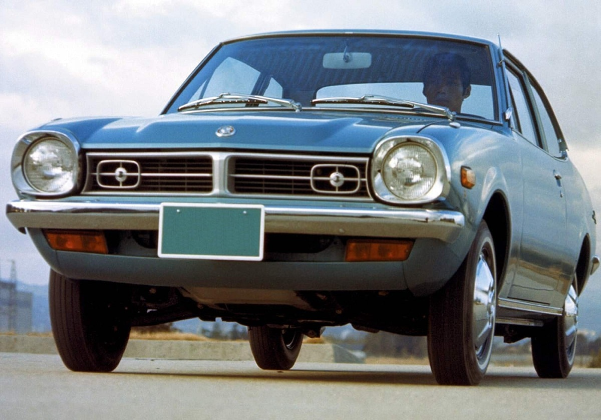 Mitsubishi Lancer 1