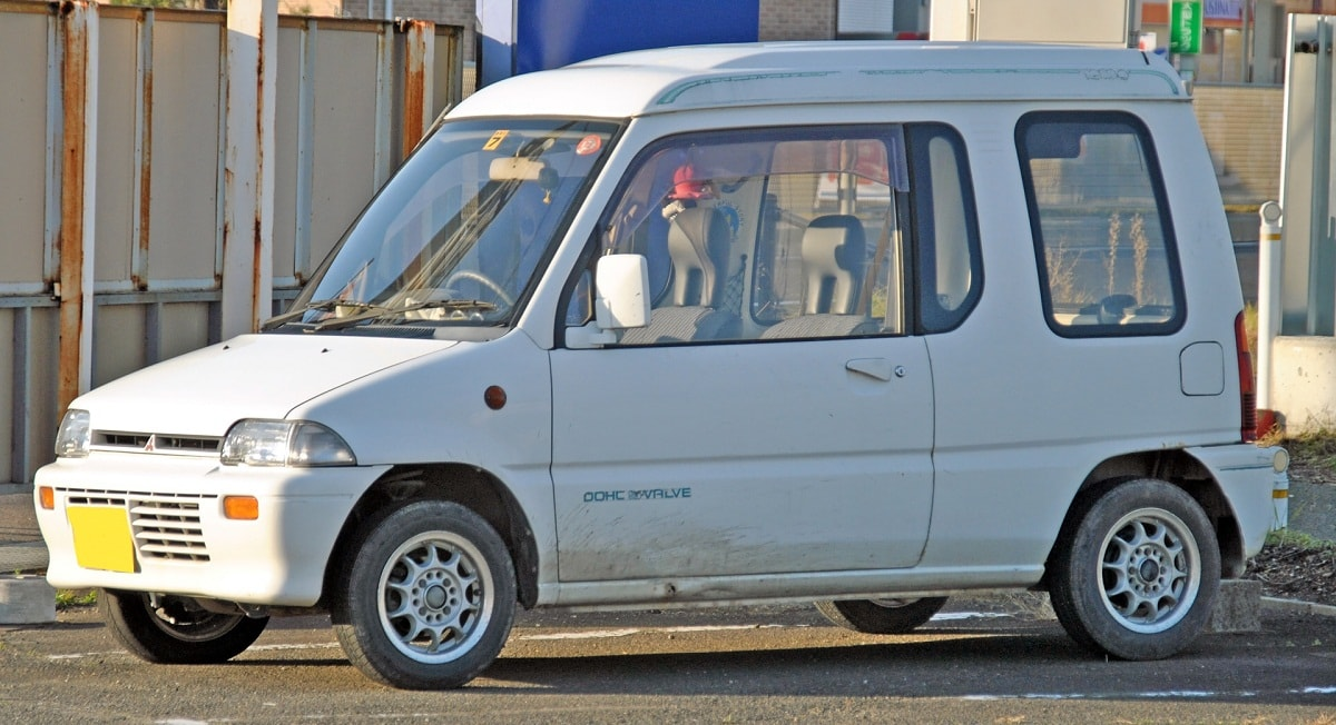 Mitsubishi Minica Toppo, Мицубиси Миника Топпо