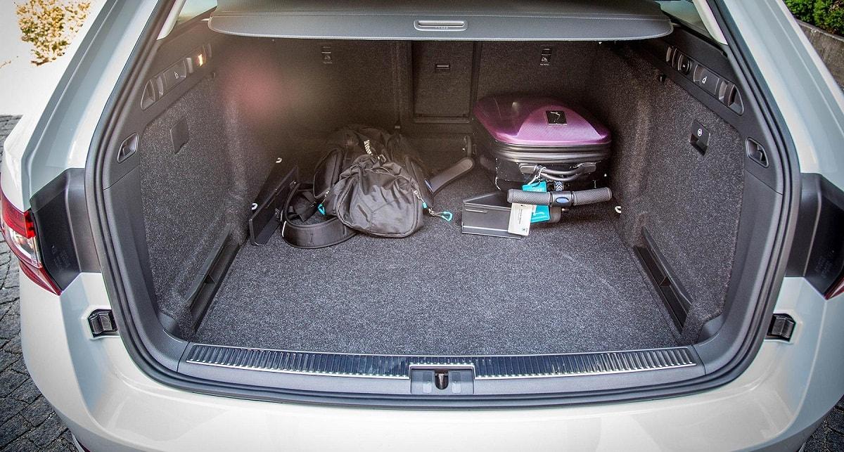 Имеет ли право сотрудник гаи проверять багажник