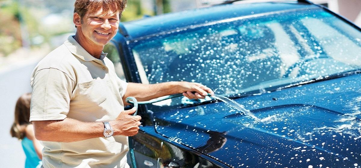 Мыть машину, помыть автомобиль