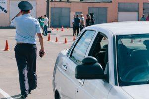 Как защитить себя от нерадивого инспектора ГИБДД