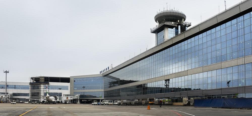 Перевозку пассажиров осуществляет такси в аэропорт Домодедово