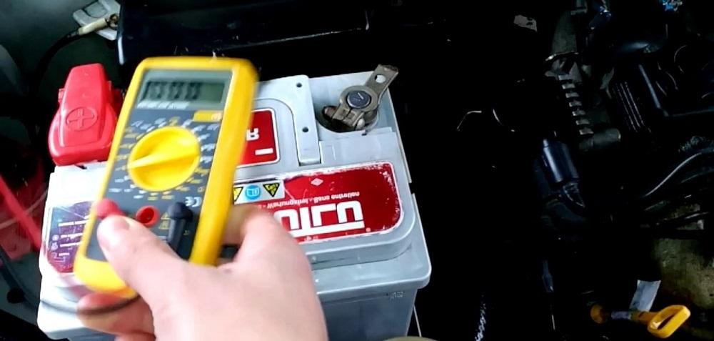 Быстро садится аккумулятор в машине, что делать