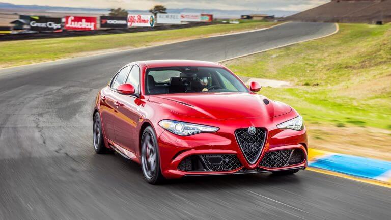 Обзор Alfa Romeo Giulia 2020